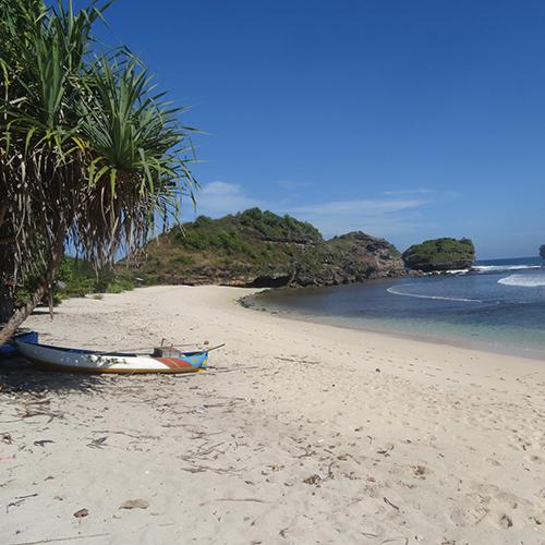 beach yogyakarta op reis